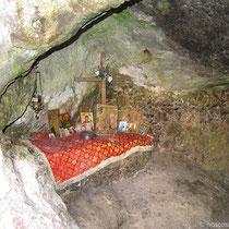 Höhlenaltar