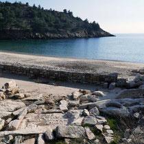 Die Ausgrabungen am Strand