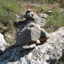 Wegweisendes Steinmännchen
