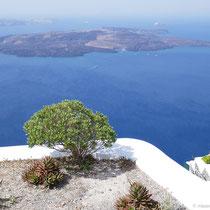 Ausblick auf die Kameni-Inseln