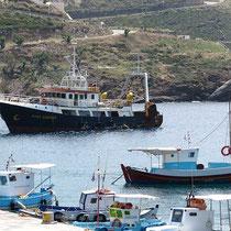 Das Fischerboot kommt