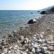 der Strand von Therma Lefkados