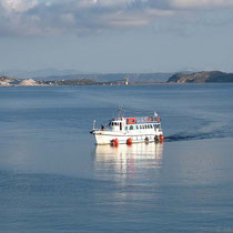 Das Arbeiterboot kommt von Giali