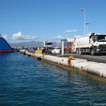 Ankunft in Naxos: da kommt der Müll