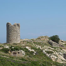 Der Turm am Kap Drakanos