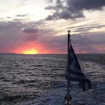 Fahrt aus dem Sonnenuntergang