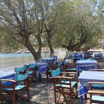 Die Tavernen am Strand