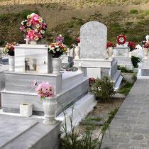 Karpathos: Der Friedhof von Olymbos