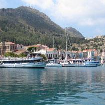 Die türkischen Ausflugsschiffe