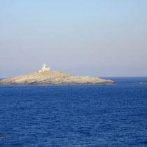 Tinos: Der Leuchtturm zwischen Tinos und Andros