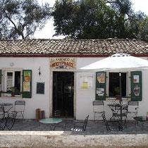 Kafenio in Magazia