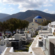 Kea: Friedhof in Korissia