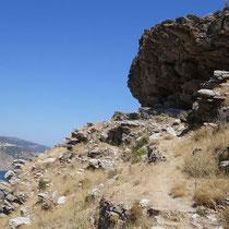 Am Felsen vorbei