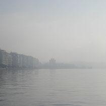 Paralia im Nebel