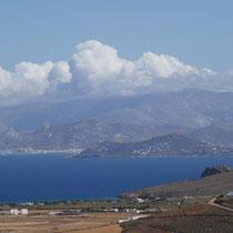 ... und Naxos in Wolken