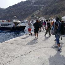 Korfos reist ab