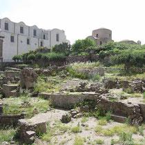 Ausgrabungen und Ruinen