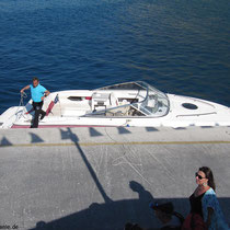 Adonis geht von Bord