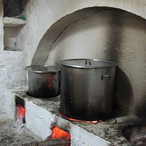 Verheißungsvolle Kochtöpfe