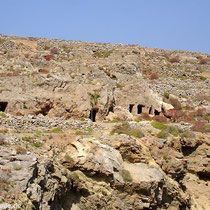Karpathos: Gräber bei Vrougounda