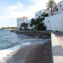 Uferfront mit Archontika