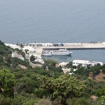 Der Hafen von Mandraki