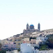 Ermoupoli mit Anastasi-Kirche