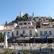 Poros-Stadt: die Platia Iroon