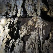 In der Höhle von Agio Galas