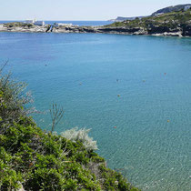 Die Bucht von Apokofto mit der Panagia Chrissopigi