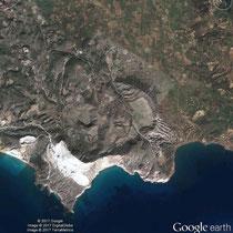 Den Krater sieht man gut auf Google Earth