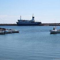 """Am Hafen - die """"Psara Glory"""""""