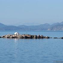 Die vorgelagerte Nikolaos-Insel