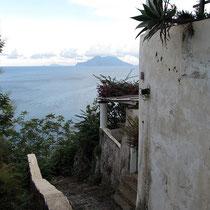 Die Treppe hinab zum Hafen