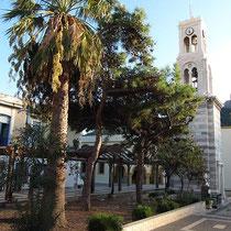 An der Mitropolis-Kirche