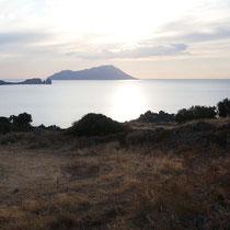 Blick über Kap Vani nach Antimilos