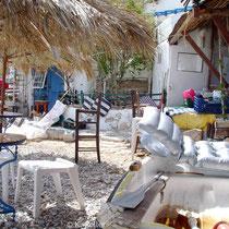 Folegandros: Taverne in Karavostassis