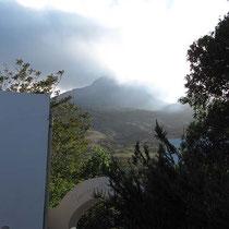 Wolken, Rauch und Sonne