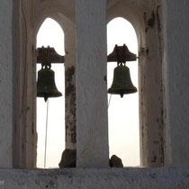 Folegandros: Glocken bei der Panagia-Kirche