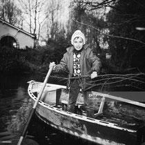 Mehdi en barque sur la Rémarde en 1965