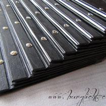 Gastrokarte geschraubt mit offenem Rücken, je Karte 4 Buchschrauben aus Metall (vernickelt)