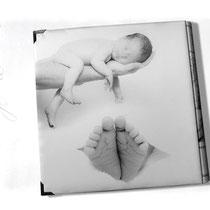 Originelles Fotogeschenk - Fotoalbum mit bedrucktem Stoffeinband. Individuelles Layout auf Stoff gedruckt: vorne, hinten und Buchrücken.