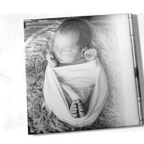Geschenkidee mit Fotos - Druck auf Stoff. Persönliche Fotos, Texte, Symbole Muster auf Stoff gedruckt. Stoffalbum rundum bedruckt.