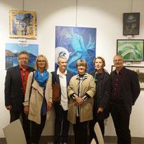 Die ausstellenden Künstler_innen mit Organisator Erich Kreutzer (li). Am Bild nicht zu sehen sind Sylvia Kölbl und Günther Schwarz.