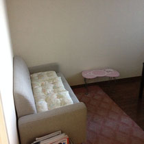 待合室。おもちゃや、絵本もあります(^^)