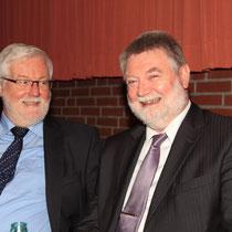 Der derzeitige Samtgemeindebürgermeister Friedhelm Helk und ich hatten sichlich Spaß auf dem Neujahrsempfang in Kutenholz.