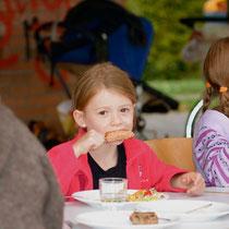 GRILL 2011 -  grosser Hunger :-)