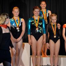 Siegerehrung Open - Einzelwertung Laura Platz 6. mit Auszeichnung