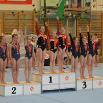 SJM 2011 - Siegerehrung P4 :  Nicole mit NKL-Team Mannschafts-Gold