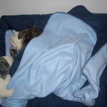 Anne sagte ich müsse schlafen, als ich krank war.